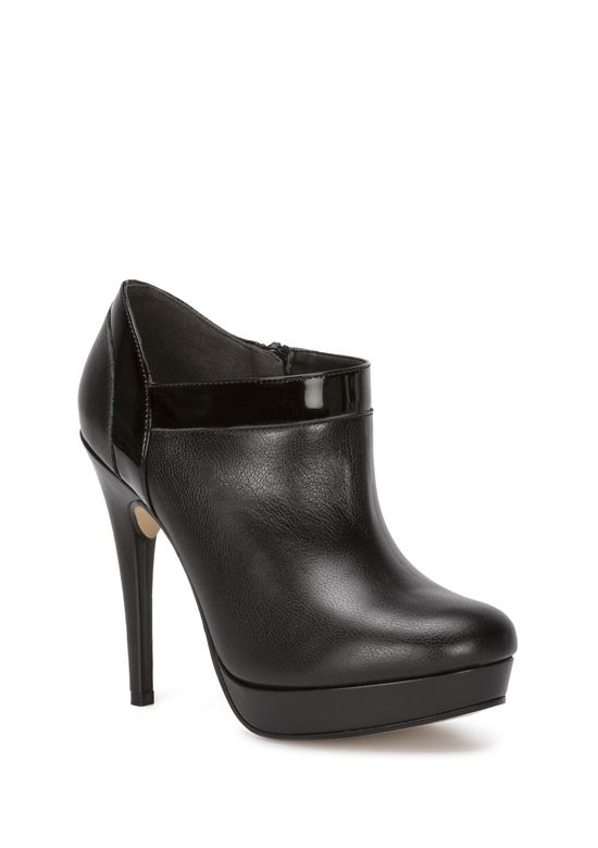 BLACK LEATHER BOOT 2396422 -  5.5