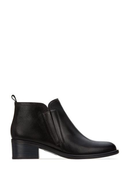 Women Footwear Boots Casual – Andrea US
